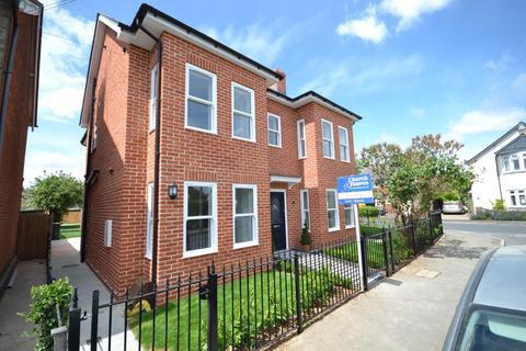 4 bedroom detached house for sale - Mildmay Road, Burnham-On-Crouch