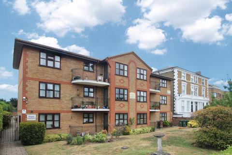 2 bedroom flat for sale - Crook Log Bexleyheath DA6