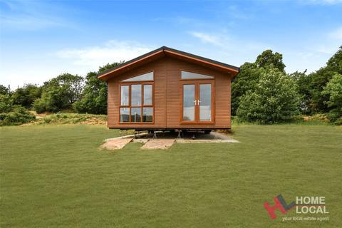 2 bedroom bungalow for sale - Warren Lodges, The Warren Estate, Woodham Walter, Essex, CM9