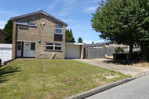 3 bedroom house to rent - Framlingham Drive, Caversham Park Village