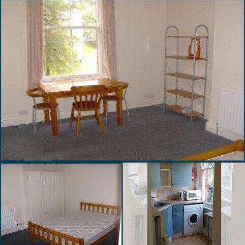 Studio to rent - 23 Regent Park Terrace, Leeds LS6