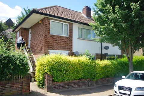 2 bedroom flat to rent - Goodrich Road East Dulwich SE22
