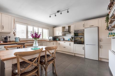 2 bedroom flat for sale - Belton Road Sidcup DA14