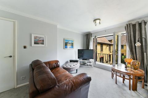 2 bedroom flat for sale - Kennet Street, London, E1W