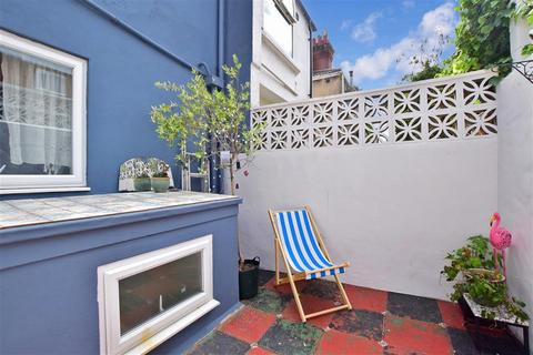 3 bedroom end of terrace house for sale - Trinity Street, Brighton, East Sussex