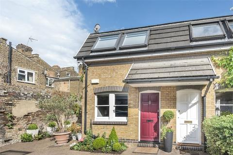 2 bedroom semi-detached house for sale - Griggs Court, Griggs Place, LONDON