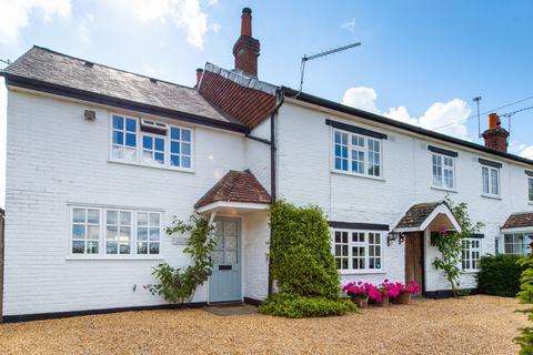 5 bedroom semi-detached house for sale - Parsonage Cottages, Station Road, Bentworth, Alton, GU34