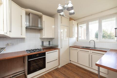 3 bedroom ground floor flat for sale - Wood Vale
