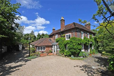 5 bedroom detached house for sale - Beaconsfield Road, Farnham Common, Buckinghamshire, SL2