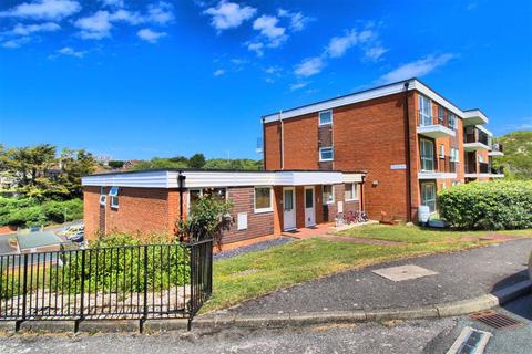 2 bedroom apartment for sale - Selmeston Court, Seaford, East Sussex