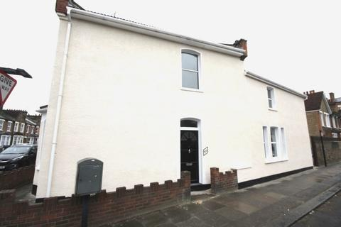 4 bedroom terraced house to rent - Ennersdale Road, London, SE13