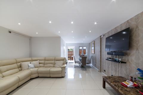 3 bedroom maisonette for sale - Augusta Street, London, E14