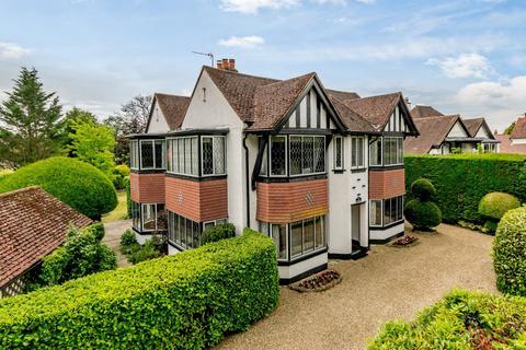 4 bedroom detached house for sale - South Side, Chalfont St. Peter, Gerrards Cross, SL9