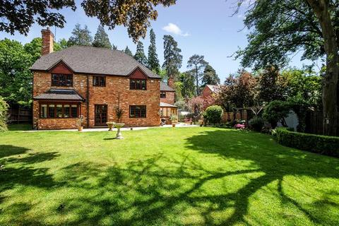 5 bedroom detached house to rent - St Marys Hill, Ascot, SL5