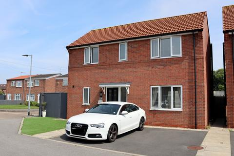 3 bedroom detached house for sale - Truro Court, Sutton, Hull, Yorkshire, HU7