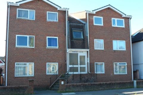 2 bedroom flat to rent - Osmund House, Bournemouth Road