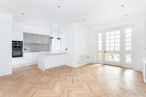 2 bedroom ground floor flat for sale - Welmar Mews, Clapham North, SW4