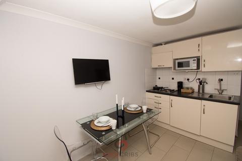 2 bedroom flat to rent - Wyndham Street, Marylebone,  W1H