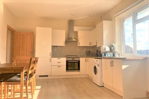 2 bedroom flat to rent - Friary Road, Acton, London W3