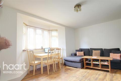 2 bedroom flat to rent - Grand Drive, SW20