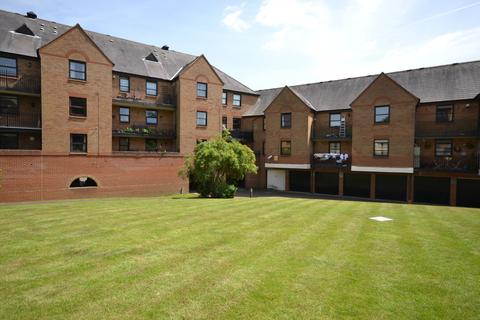 2 bedroom apartment for sale - Chelmsford Road, Dunmow, Essex, CM6