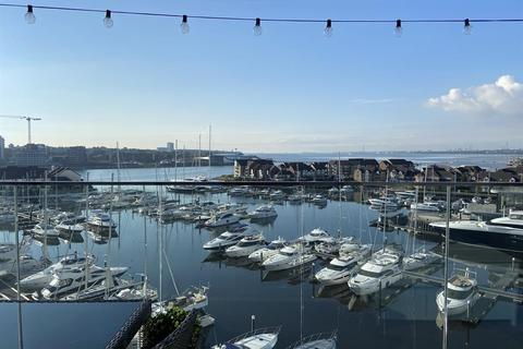 2 bedroom flat for sale - Ocean Way, Southampton, SO14 3LH