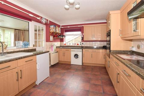 2 bedroom semi-detached bungalow for sale - Greenlydd Close, Niton, Ventnor, Isle of Wight