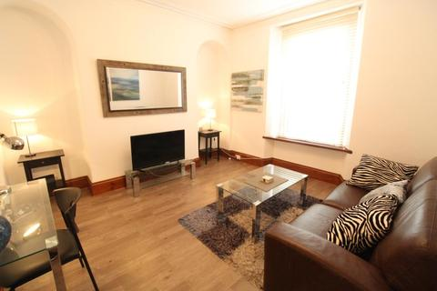 1 bedroom flat to rent - Northfield Place, First Left, AB25