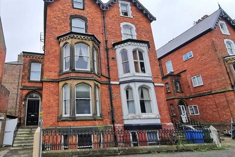 1 bedroom apartment for sale - St Martins Square, Scarborough