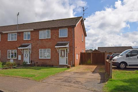 3 bedroom end of terrace house for sale - Burghley Road, South Wootton