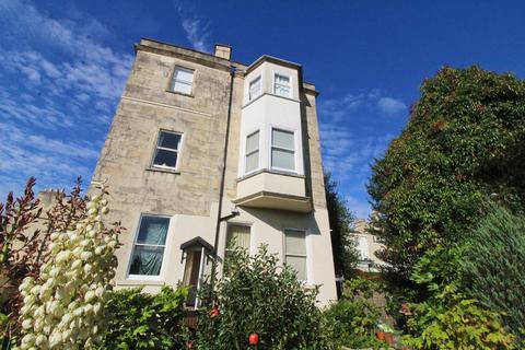 1 bedroom apartment - Flat 5, Hartley House, 37  Belvedere