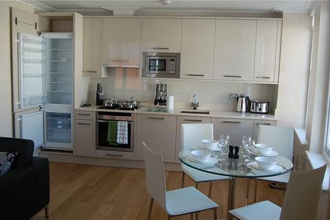 2 bedroom flat to rent - Forset Court, London, W2