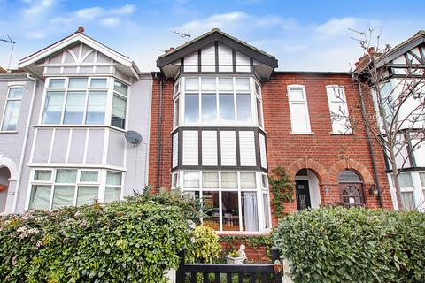 4 bedroom terraced house for sale - Clarence Road, Gorleston