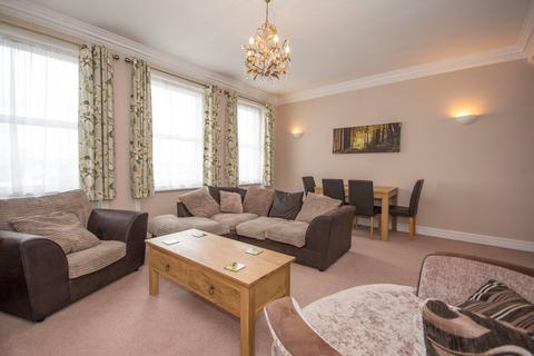 2 bedroom apartment to rent - St Johns Hill, Battersea