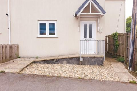 2 bedroom ground floor flat to rent - Chi Lewis, St. Erth Hill