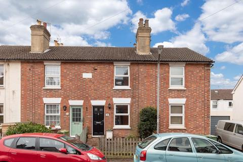 2 bedroom terraced house for sale - Meadow Road, Southborough Tunbridge Wells