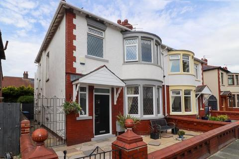1 bedroom flat for sale - Kingston Avenue, Blackpool