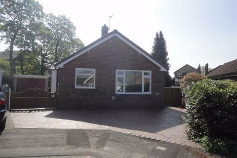 2 bedroom detached bungalow to rent - Formby Drive, Heald Green