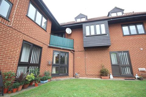 1 bedroom house to rent - Leas Road, Guildford