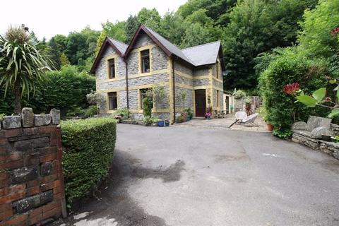 5 bedroom detached house for sale - Mill Place, Mountain Ash, Mid Glamorgan