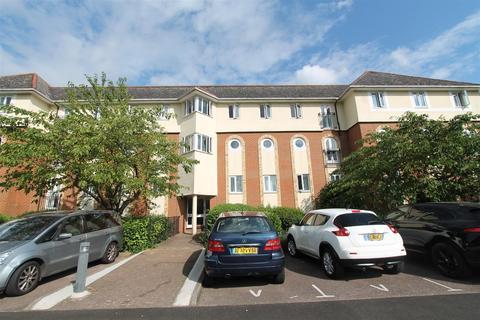 2 bedroom flat for sale - Walsingham Close, Hatfield
