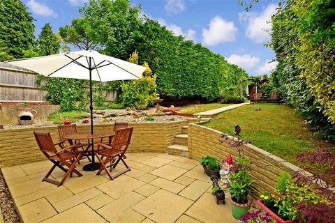 3 bedroom bungalow for sale - Barn Rise, Westdene, Brighton, East Sussex