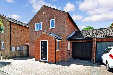 3 bedroom link detached house for sale - Butt Field Road, Ashford, Kent