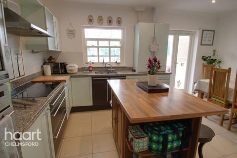 4 bedroom terraced house - Marlborough Terrace, Chelmsford