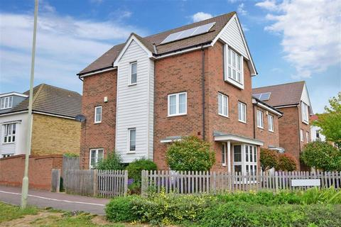 4 bedroom townhouse for sale - Coulter Road, Kingsnorth, Ashford, Kent