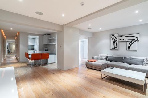3 bedroom apartment to rent - Piccadilly, London, W1J