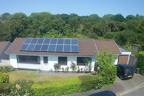 4 bedroom detached bungalow for sale - Valley Lane, Carnon Downs