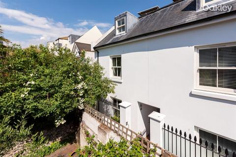 3 bedroom semi-detached house for sale - Crown Gardens, Central Brighton