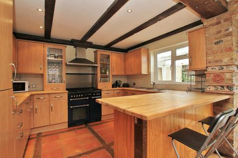 4 bedroom semi-detached house for sale - The Brow