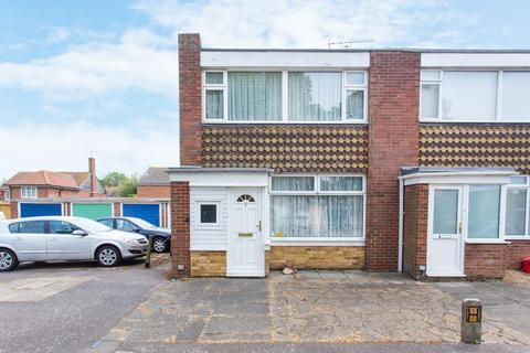 3 bedroom terraced house for sale - Luton Court, Broadstairs